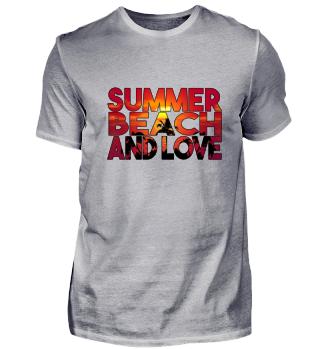 SUMMER BEACH AND LOVE