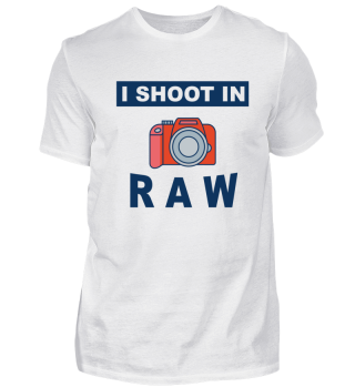 Photographer - I shoot in Raw