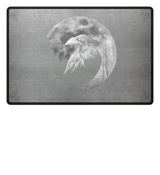 Schwarzer Rabe Krähe vor Mond