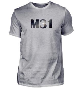 Geek T-Shirt mit M31 - Die Andromeda-Galaxie. Auch für andere Artikel erhältlich.