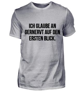 Genervt auf den ersten Blick... T-Shirt