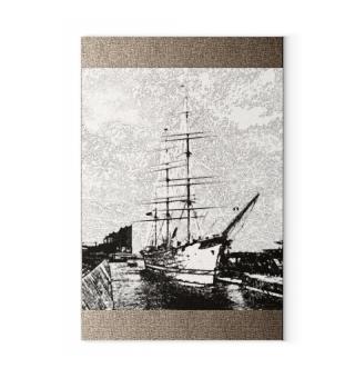 Canva: Hamburg Rickmer Rickmers sailship