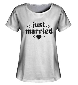 Just married Hochzeit Braut Gamerin Pixelherz