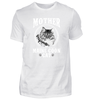 Mother of Maine Coon Cat
