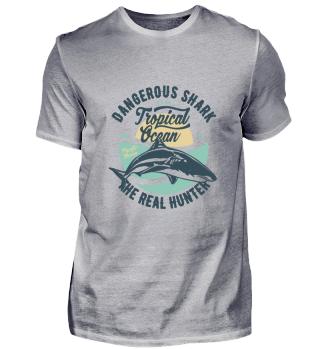Dangerous Shark - Tropical Ocean