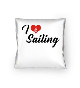 I love sailing.