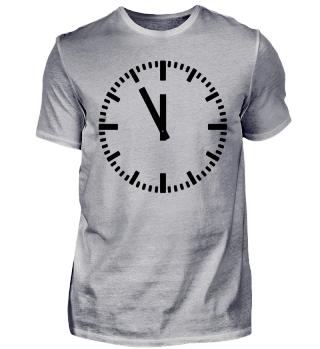 Uhr Zeit - Fünf vor Zwölf - 5 vor 12