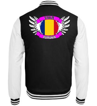 stolze Rumänin mit Flagge und Flügel