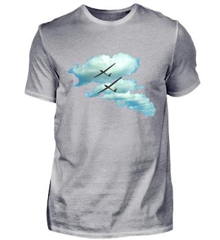 Wolken mit Segelflugzeug