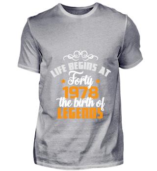 Life begins at 40 tshirt, persönliches geschenk für partnerin