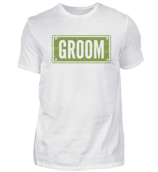 Groom Green