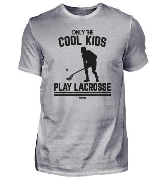 coole Kinder spielen Lacrosse