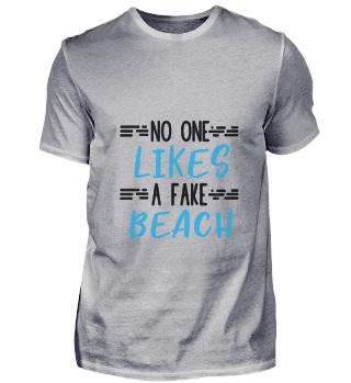 D008-0027 no one likes a fake beach / St