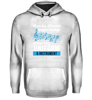 Blasmusik - Uniform und Instrument