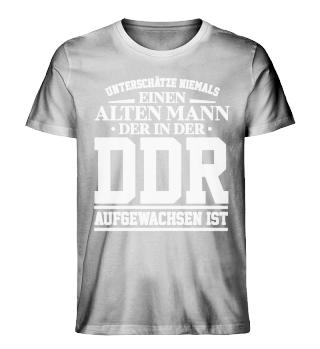 Unterschätze niemals einen Mann DDR