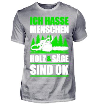 Holz / Kettensäge / König / Baum / Wald / Förster / Holzfäller