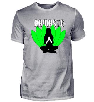 Namaste - Meditation vor Blättern