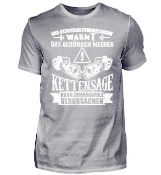 KETTENSÄGE / HOLZ / WALD / FÖRSTER