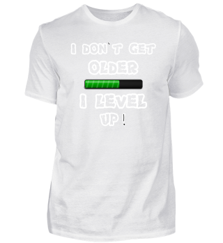 GAMING Tshirt I LEVEL UP FUNNY PRESENT