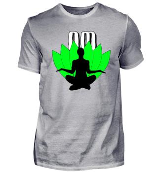 Om - Meditieren vor Blättern