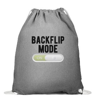GYMNASTICS : Doing backflip