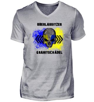 Oberlausitzer Granitschädel - Bekleidung