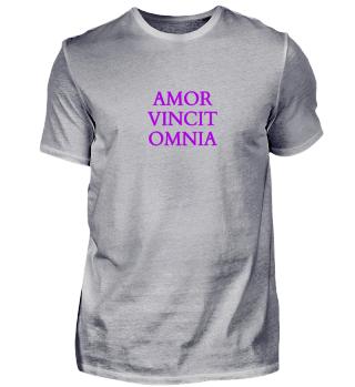 Amor Vincit Omnia Latein Shirt