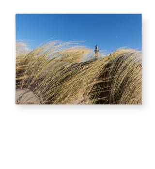 Leuchturm hinter Strandhafer