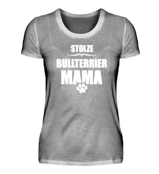 Stolze Bullterrier Mama on Tour